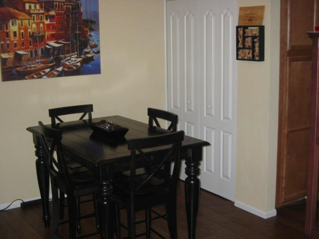 Main Photo: MISSION VILLAGE Condo for sale : 2 bedrooms : 3454 Castle Glen #133 in San Diego