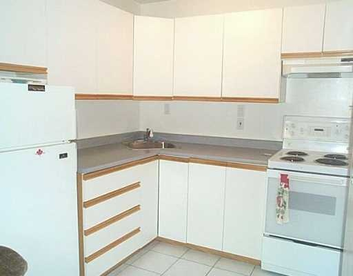 "Photo 4: 301 605 COMO LAKE Avenue in Coquitlam: Coquitlam West Condo for sale in ""CENTENNIAL HOUSE"" : MLS® # V690931"