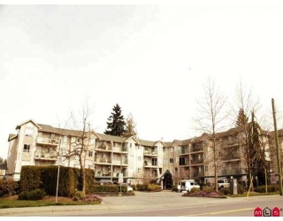 "Main Photo: 105 31771 PEARDONVILLE Road in Abbotsford: Abbotsford West Condo for sale in ""BRECKENRIDGE ESTATES"" : MLS®# F2808043"