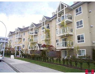 "Main Photo: 415 8110 120A Street in Surrey: Queen Mary Park Surrey Condo for sale in ""MAINSTREET"" : MLS(r) # F2803053"