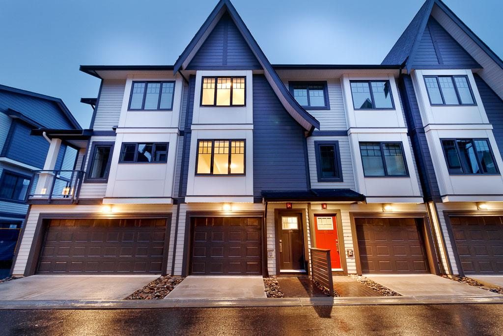 FEATURED LISTING: 214 19451 SUTTON Avenue Pitt Meadows