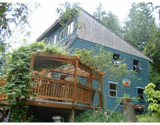 Photo 2: Photos: 1528 HENDERSON RD in Roberts_Creek: Roberts Creek House for sale (Sunshine Coast)  : MLS®# V546830