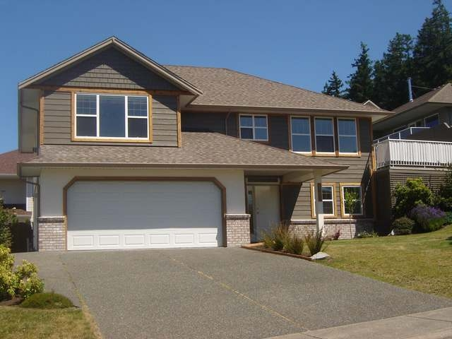 Main Photo: 1408 HARVARD AVE in COMOX: House for sale : MLS® # 307238