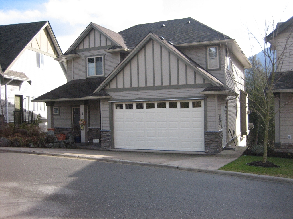 Main Photo: # 2 45957 SHERWOOD DR in Sardis: Promontory House for sale (Chilliwack)  : MLS® # H1100689