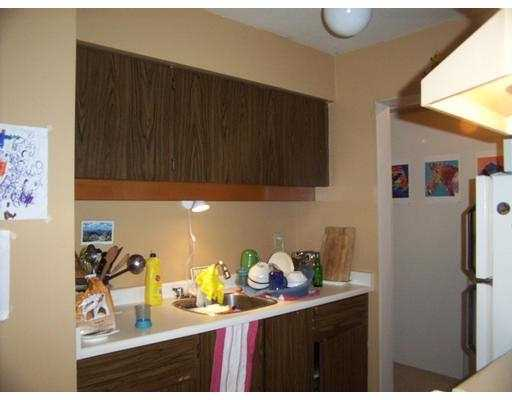 "Photo 8: 303 1549 KITCHENER ST in Vancouver: Grandview VE Condo for sale in ""DHARMA"" (Vancouver East)  : MLS(r) # V574448"