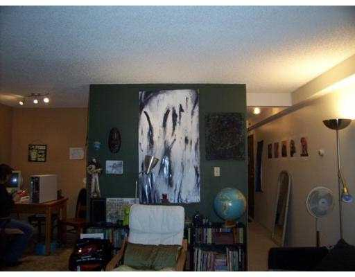 "Photo 5: 303 1549 KITCHENER ST in Vancouver: Grandview VE Condo for sale in ""DHARMA"" (Vancouver East)  : MLS(r) # V574448"