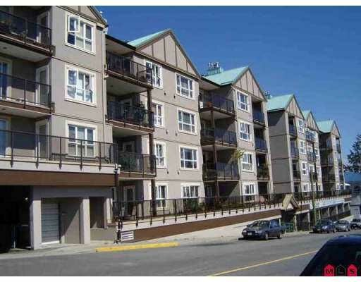 "Main Photo: 303 33165 2ND Avenue in Mission: Mission BC Condo for sale in ""Mission Manor"" : MLS® # F2811687"