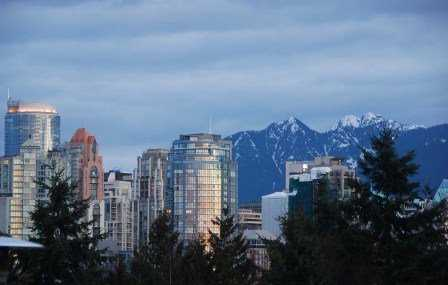 "Photo 5: 939 W 7TH Ave in Vancouver: Fairview VW Townhouse for sale in ""MERIDIAN COURT"" (Vancouver West)  : MLS® # V630039"