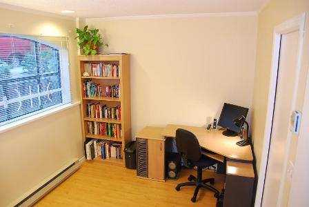 "Photo 2: 939 W 7TH Ave in Vancouver: Fairview VW Townhouse for sale in ""MERIDIAN COURT"" (Vancouver West)  : MLS® # V630039"