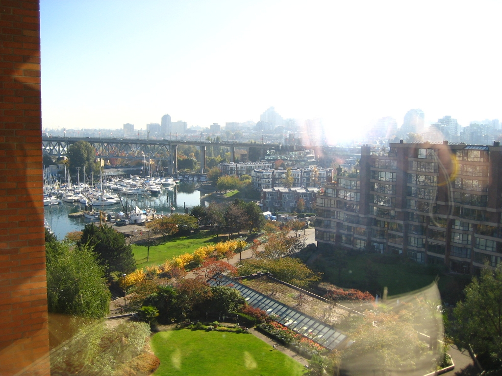 Main Photo: 904-1450 Pennyfarthing Drive in Vancouver: Kitsilano Condo for sale (Vancouver West)