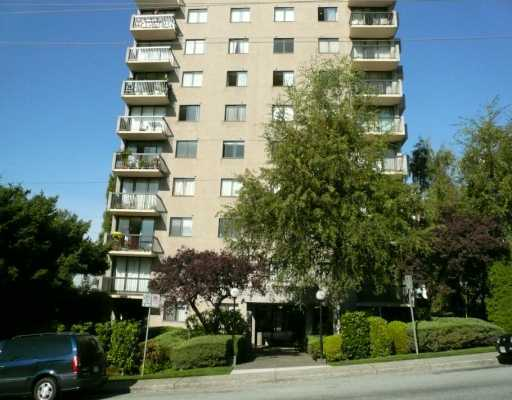 "Main Photo: # 304 145 ST GEORGES AV in North Vancouver: Lower Lonsdale Condo for sale in ""TALISMAN TOWER"" : MLS® # V901028"