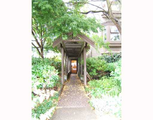 "Main Photo: 102 1689 E 4TH Avenue in Vancouver: Grandview VE Condo for sale in ""ARGUS MANOR"" (Vancouver East)  : MLS® # V666440"