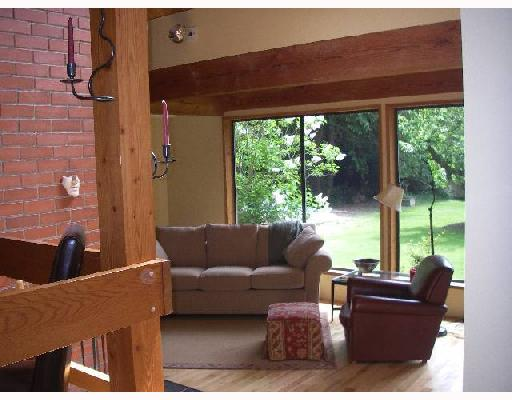 Photo 3: Photos: 114 LARSON Road in Gibsons: Gibsons & Area House for sale (Sunshine Coast)  : MLS® # V715549