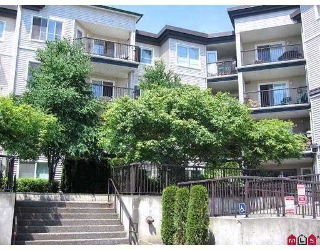 "Main Photo: 215 5765 GLOVER Road in Langley: Langley City Condo for sale in ""COLLEGE COURT"" : MLS® # F2718870"