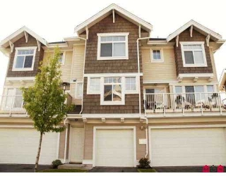 "Main Photo: 25 20771 DUNCAN Way in Langley: Langley City Townhouse for sale in ""Wyndham Lane"" : MLS®# F2712388"