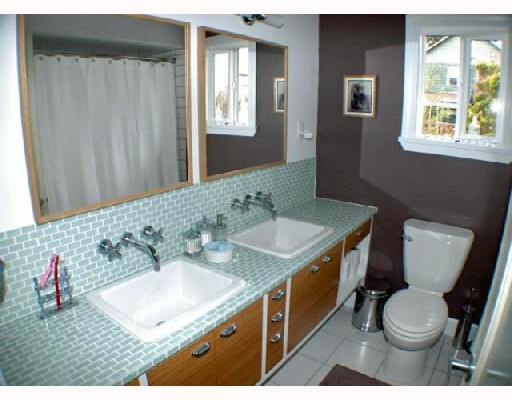 Photo 9: 4941 PRINCE ALBERT Street in Vancouver: Fraser VE House for sale (Vancouver East)  : MLS® # V702108