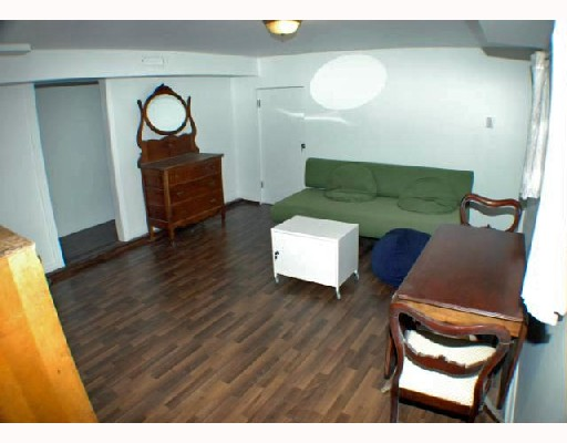 Photo 17: 4941 PRINCE ALBERT Street in Vancouver: Fraser VE House for sale (Vancouver East)  : MLS® # V702108