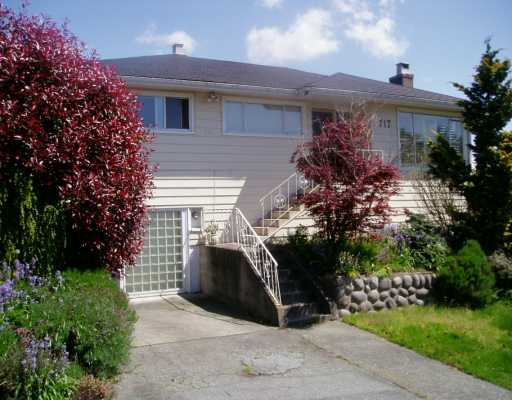 Main Photo: 717 CUMBERLAND Street in New Westminster: The Heights NW House for sale : MLS(r) # V612645