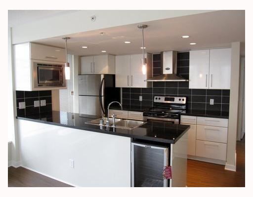 "Main Photo: 806 633 ABBOTT Street in Vancouver: Downtown VW Condo for sale in ""THE ESPANA"" (Vancouver West)  : MLS® # V794342"