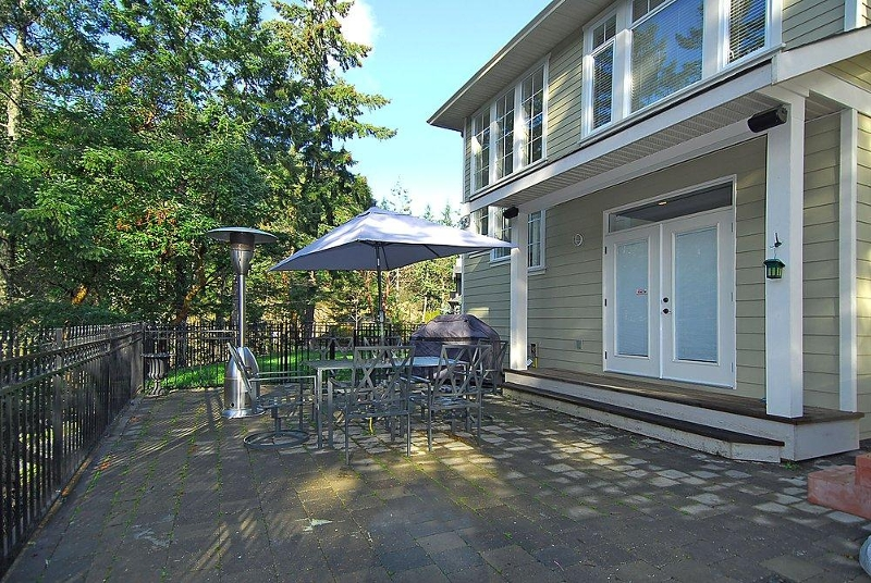 Photo 19: 2176 Harrow Gate in Victoria: Residential for sale : MLS(r) # 270626