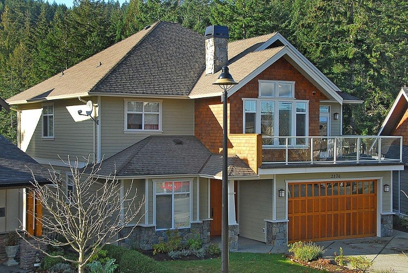 Main Photo: 2176 Harrow Gate in Victoria: Residential for sale : MLS(r) # 270626