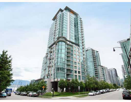 "Main Photo: 201 590 NICOLA Street in Vancouver: Coal Harbour Condo for sale in ""CASCINA"" (Vancouver West)  : MLS®# V665819"