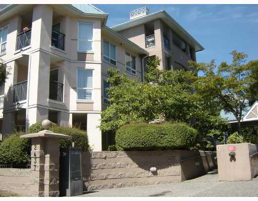 "Main Photo: 105 2437 WELCHER Avenue in Port_Coquitlam: Central Pt Coquitlam Condo for sale in ""STIRLING CLASSIC"" (Port Coquitlam)  : MLS® # V703560"