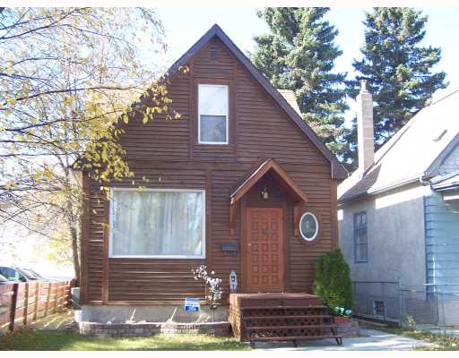 Main Photo: 206 HAMPTON Street in WINNIPEG: St James Single Family Detached for sale (West Winnipeg)  : MLS® # 2717433