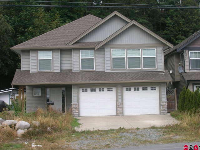 Main Photo: 47511 YALE RD in Chilliwack: Little Mountain House for sale : MLS(r) # H1003944