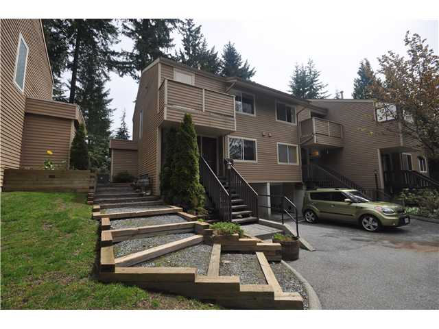 Main Photo: 4717 Hoskins Road in North Vancouver: Lynn Valley Townhouse for sale : MLS®# V888765