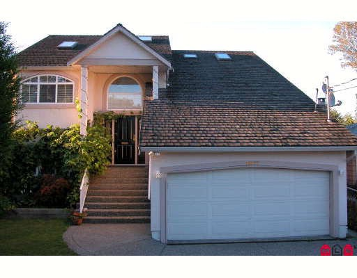 Photo 10: 11677 98A Avenue in Surrey: Royal Heights House for sale (North Surrey)  : MLS® # F2810014