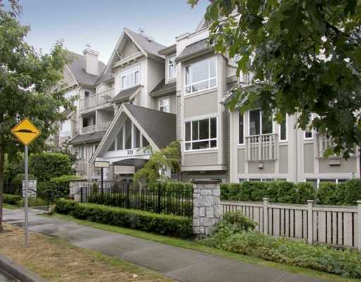 "Main Photo: 314 333 E 1ST ST in North Vancouver: Lower Lonsdale Condo for sale in ""THE VISTA AT HAMERSLEY PARK"" : MLS®# V606386"