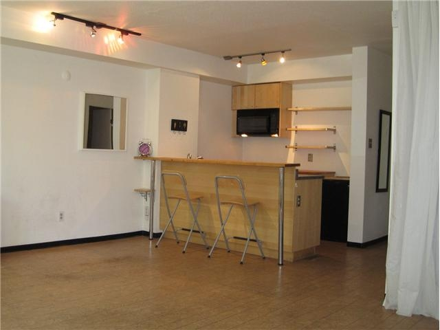 Main Photo: 106 1333 Hornby Street in : Downtown VW Condo for sale : MLS® # V914808