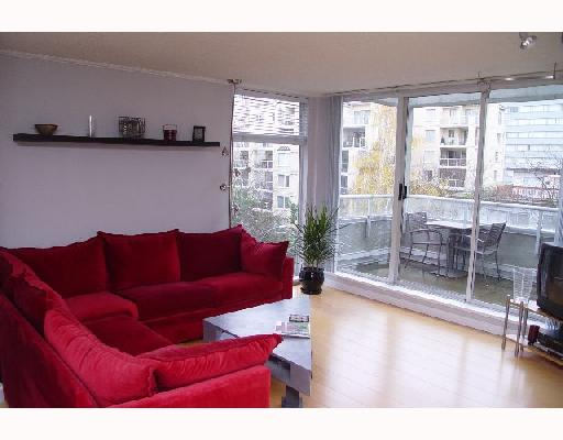 "Main Photo: 402 1220 BARCLAY Street in Vancouver: West End VW Condo for sale in ""KENWOOD COURT"" (Vancouver West)  : MLS® # V678431"