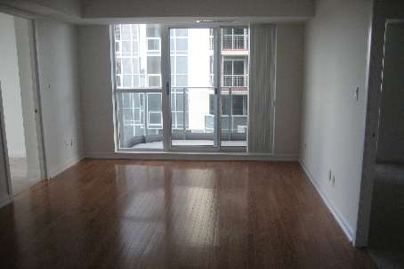 Main Photo: 5 5791 Yonge Street in Toronto: Condo for lease (C14: TORONTO)  : MLS®# C1730240
