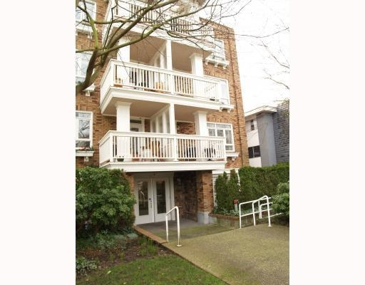Main Photo: # 402 2036 YORK AV in Vancouver: Condo for sale : MLS® # V808882