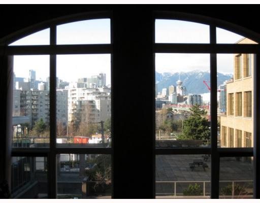 "Photo 4: # PH13 511 W 7TH AV in Vancouver: Fairview VW Condo for sale in ""BEVERLY GARDENS"" (Vancouver West)  : MLS® # V759562"