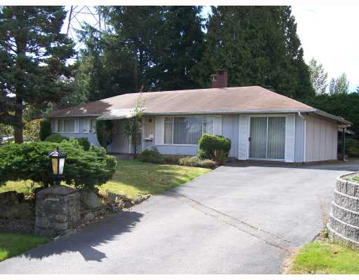 Main Photo: 1361 BRIARLYNN Crescent in North_Vancouver: Westlynn House for sale (North Vancouver)  : MLS(r) # V671238