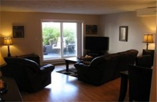 Photo 7: : Condo / Townhouse for sale (Burnside Victoria Victoria Vancouver Island/Smaller Islands British Columbia)  : MLS® # 250963