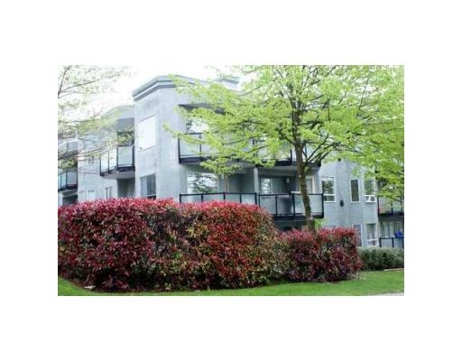 Main Photo: # 301 175 W 4TH ST in North Vancouver: Condo for sale : MLS(r) # V825563