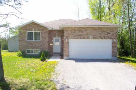 Main Photo: 8 Beaver Dale Cres in Pefferlaw: House (Bungalow-Raised) for sale (N17: BALDWIN)  : MLS(r) # N1143681