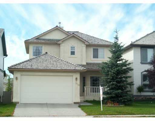 Main Photo:  in CALGARY: Douglasdale Estates Residential Detached Single Family for sale (Calgary)  : MLS® # C3246124