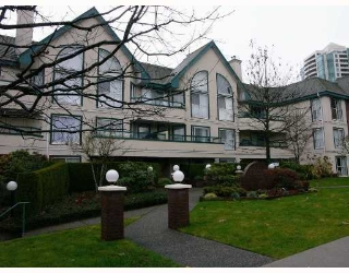 Main Photo: 5656 HALLEY Ave in Burnaby: Central Park BS Condo for sale (Burnaby South)  : MLS®# V634910