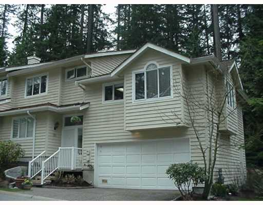 "Main Photo: 28 DEERWOOD Place in Port Moody: Heritage Mountain Townhouse for sale in ""HERITAGE GREEN"" : MLS®# V639819"