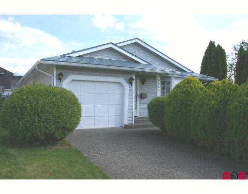 Main Photo: 8650 TILSTON Street in Chilliwack: Chilliwack E Young-Yale House for sale : MLS® # H2704373