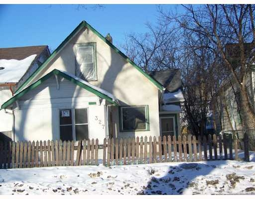 Main Photo: 327 Redwood Avenue in Winnipeg: Residential for sale : MLS® # 2903264