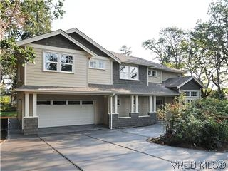 Main Photo: 1012 Iris: Residential for sale : MLS® # 278098