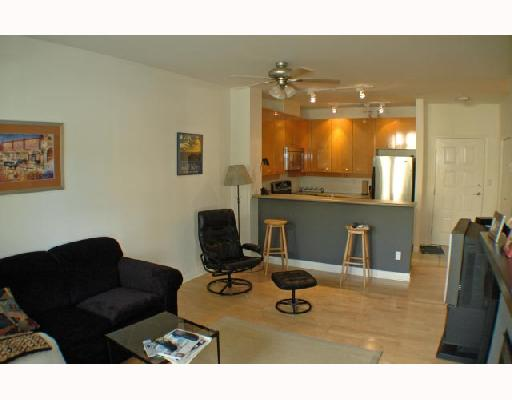 Photo 5: 105 2028 W 11TH Avenue in Vancouver: Kitsilano Condo for sale (Vancouver West)  : MLS® # V657990
