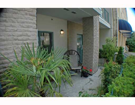 Photo 3: 105 2028 W 11TH Avenue in Vancouver: Kitsilano Condo for sale (Vancouver West)  : MLS® # V657990