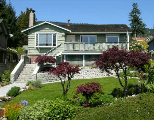 Main Photo: 2175 LAWSON Ave in West Vancouver: Dundarave House for sale : MLS® # V589980